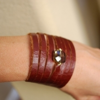 c47-cuff-with-smoke-stone-2-snap-gold-closure-25