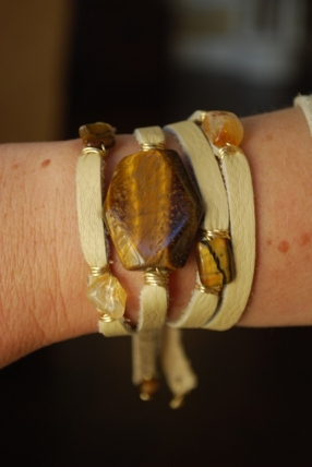 mw52-large-tiger-eye-5-stone