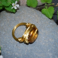 thumbs r2 1 amber bev glass ring gold side view Wire Wrap Rings