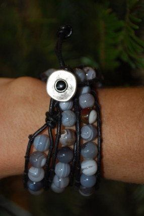 tb100-botswana-agate-grey-sold-shelby