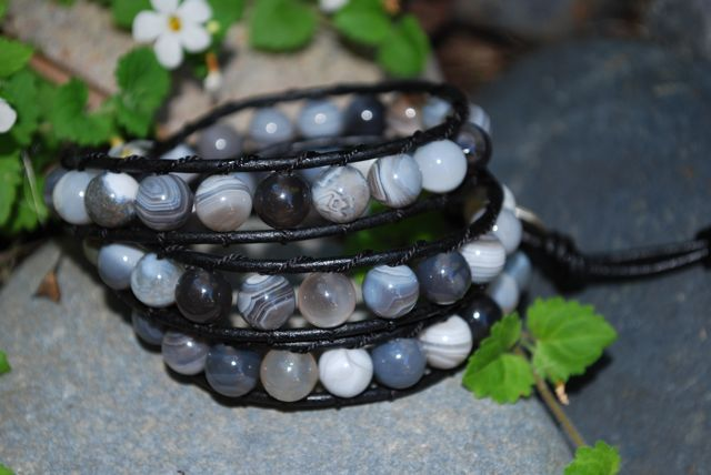 tb100-grey-agate-beads